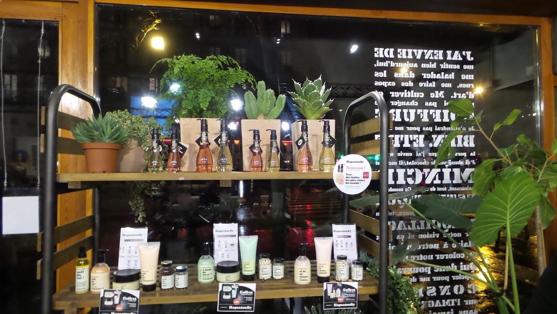 Différents produits de la boite à beauté Hapsatou Sy - Setalmaa