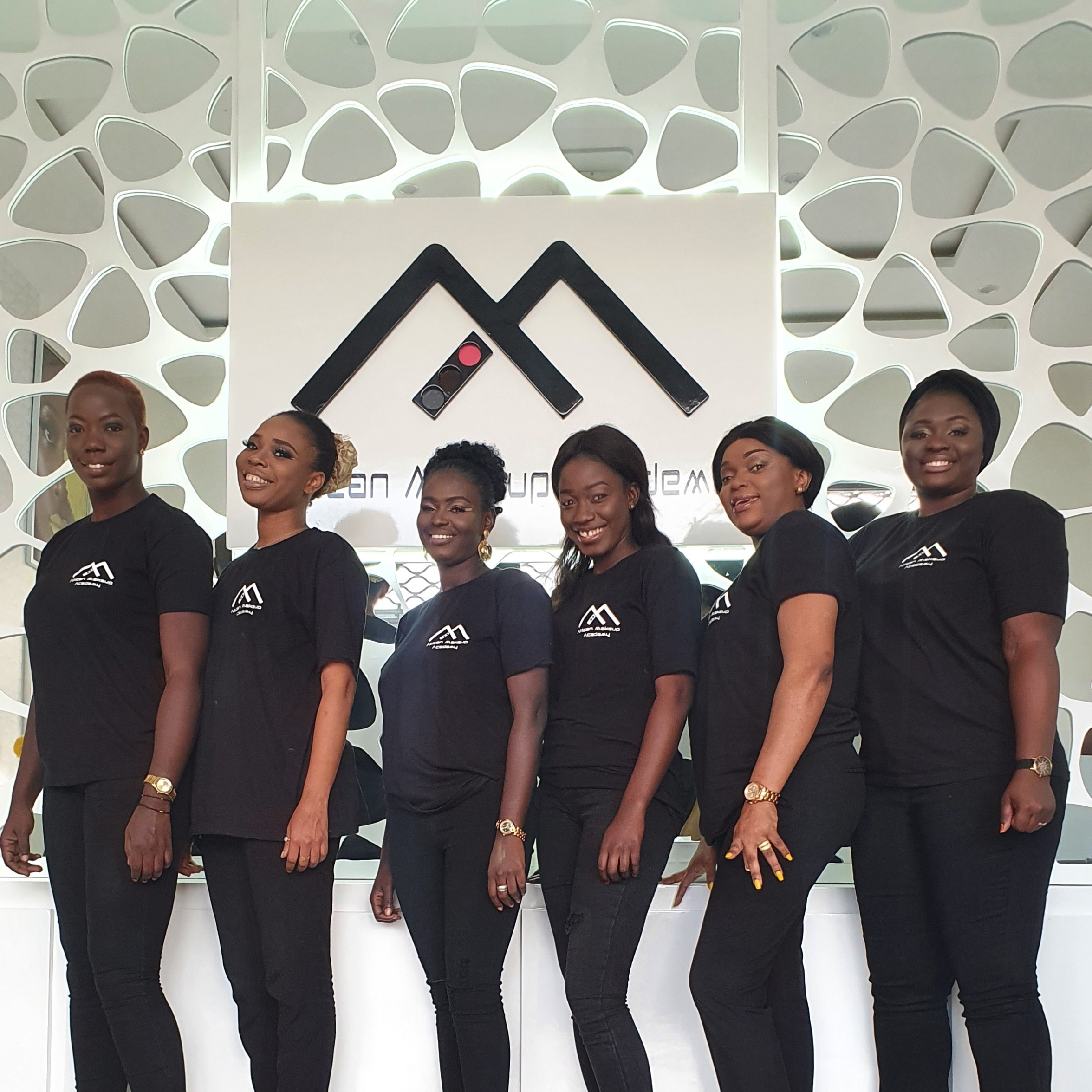 Credit : African Makeup Academy