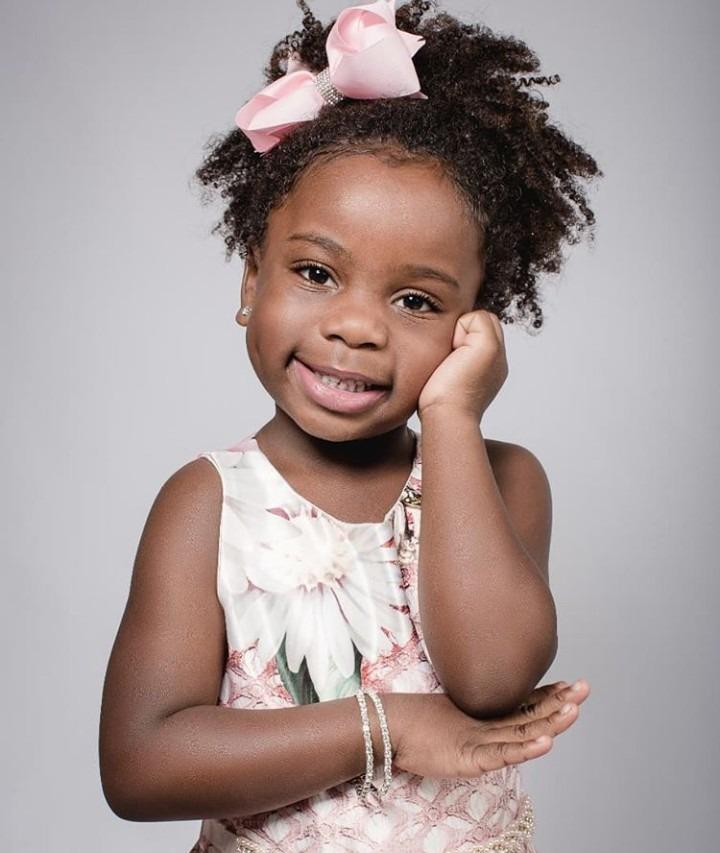 Cheveux des enfants: 6 conseils pour bien en prendre soin