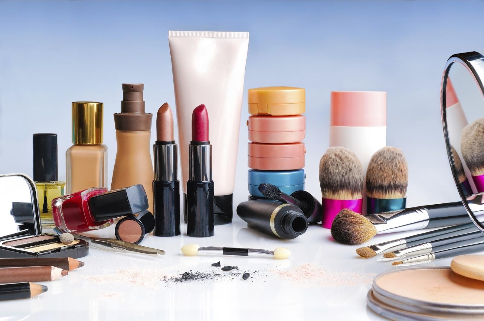 cosmetique-toxique-danger by littleidea.fr