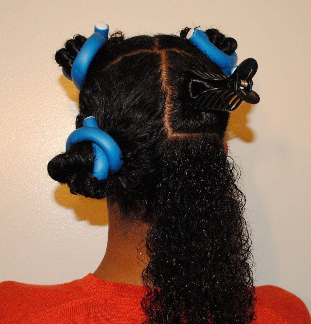 Le démêlage des cheveux crépus: 5 étapes pour bien le faire